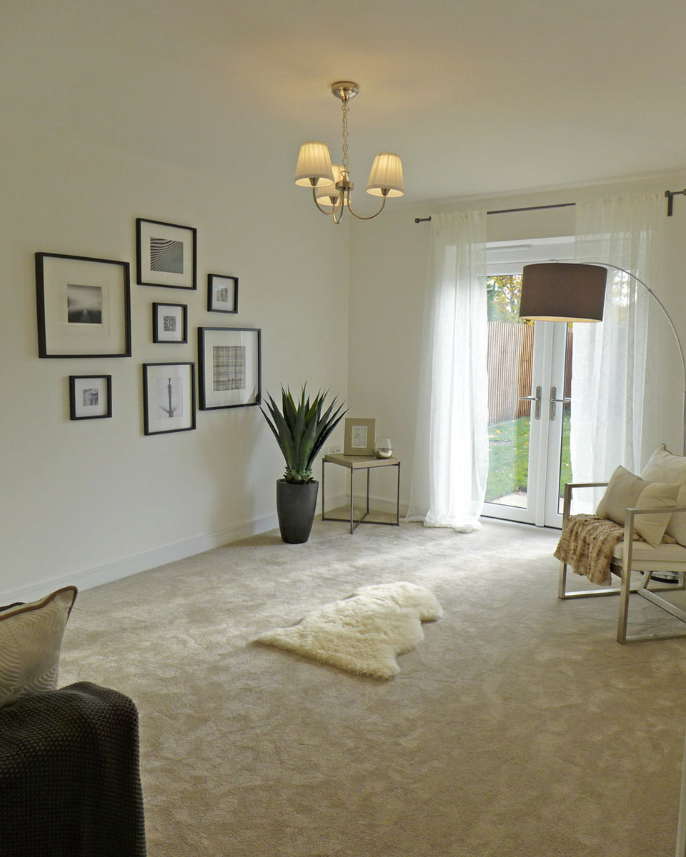 alderley lounge with french doors