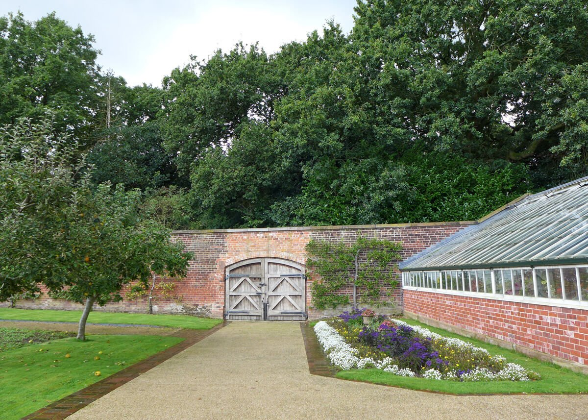 Local amenity - grappenhall heys walled garden
